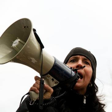 """Isenção de ICMS: Deficientes """"que se lixem""""   Úrsula Brasil"""