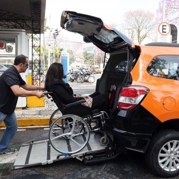 Táxi Acessível | 2 Exemplos que devem ser seguidos