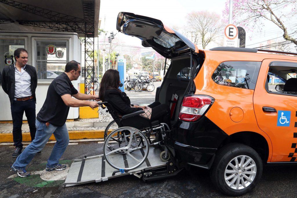 Taxista Deficiente Físico
