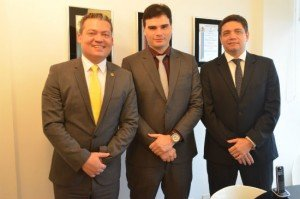Deputado Paulo Corrêa Jr (PEN), Michael Streidl, CEO da Despnet e o Advogado Dr. Roberto de Faria, especialista na Isenção de IPVA na esfera judicial.